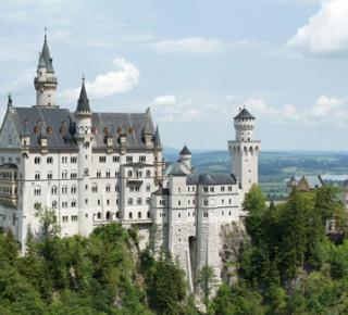 Замки короля Ludwig II – Neuschwanstein, Linderhof, церковь Wieskirche, деревня Oberammergau